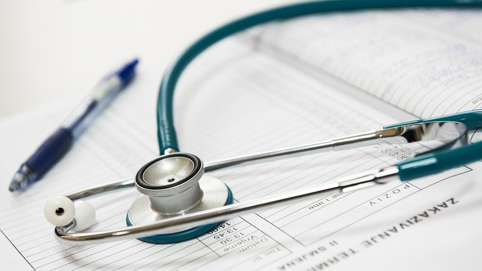 Pratique-commerces-services-health-sale-stethoscope