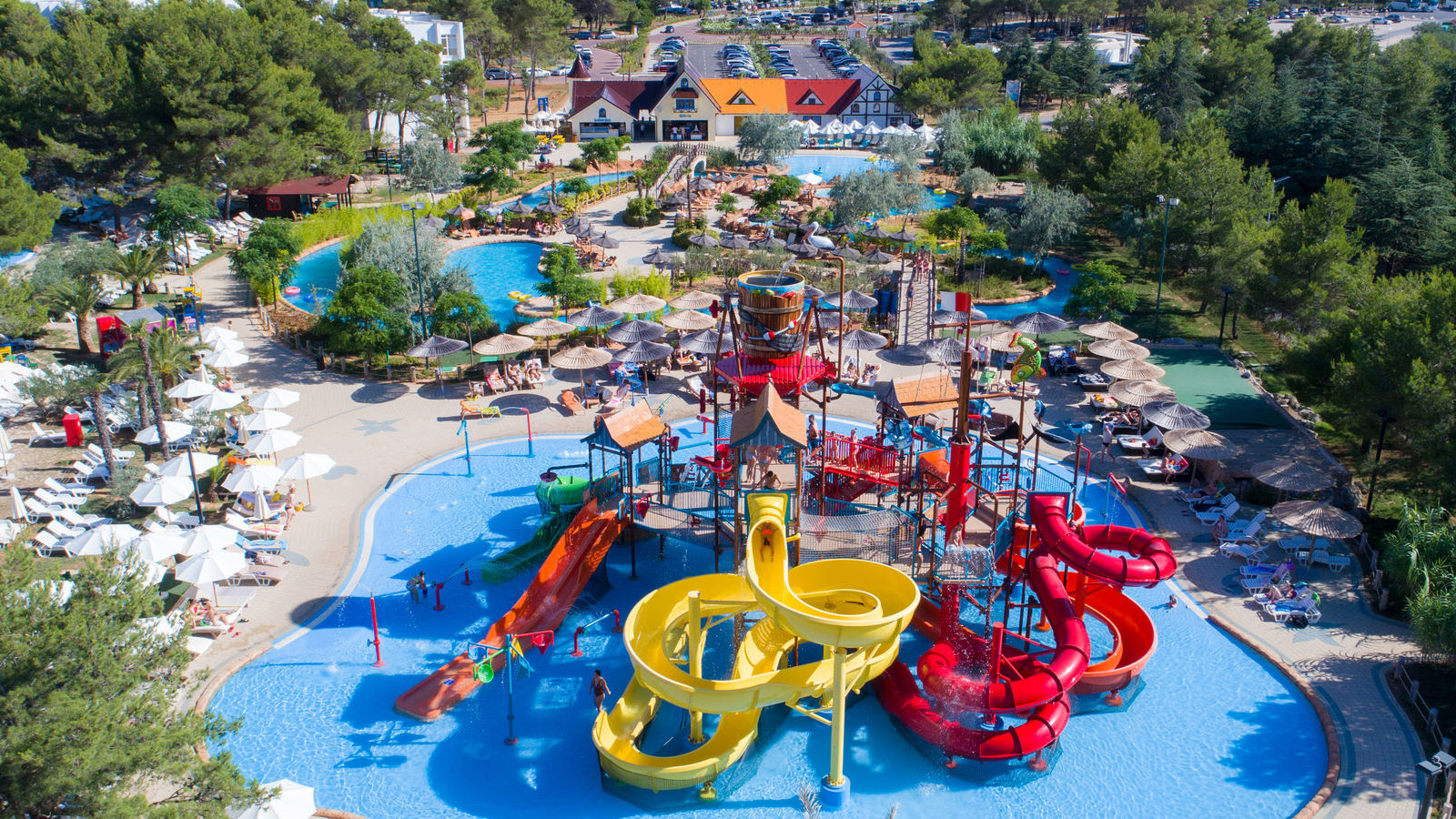 camping-vendee-saintjeandemonts water park