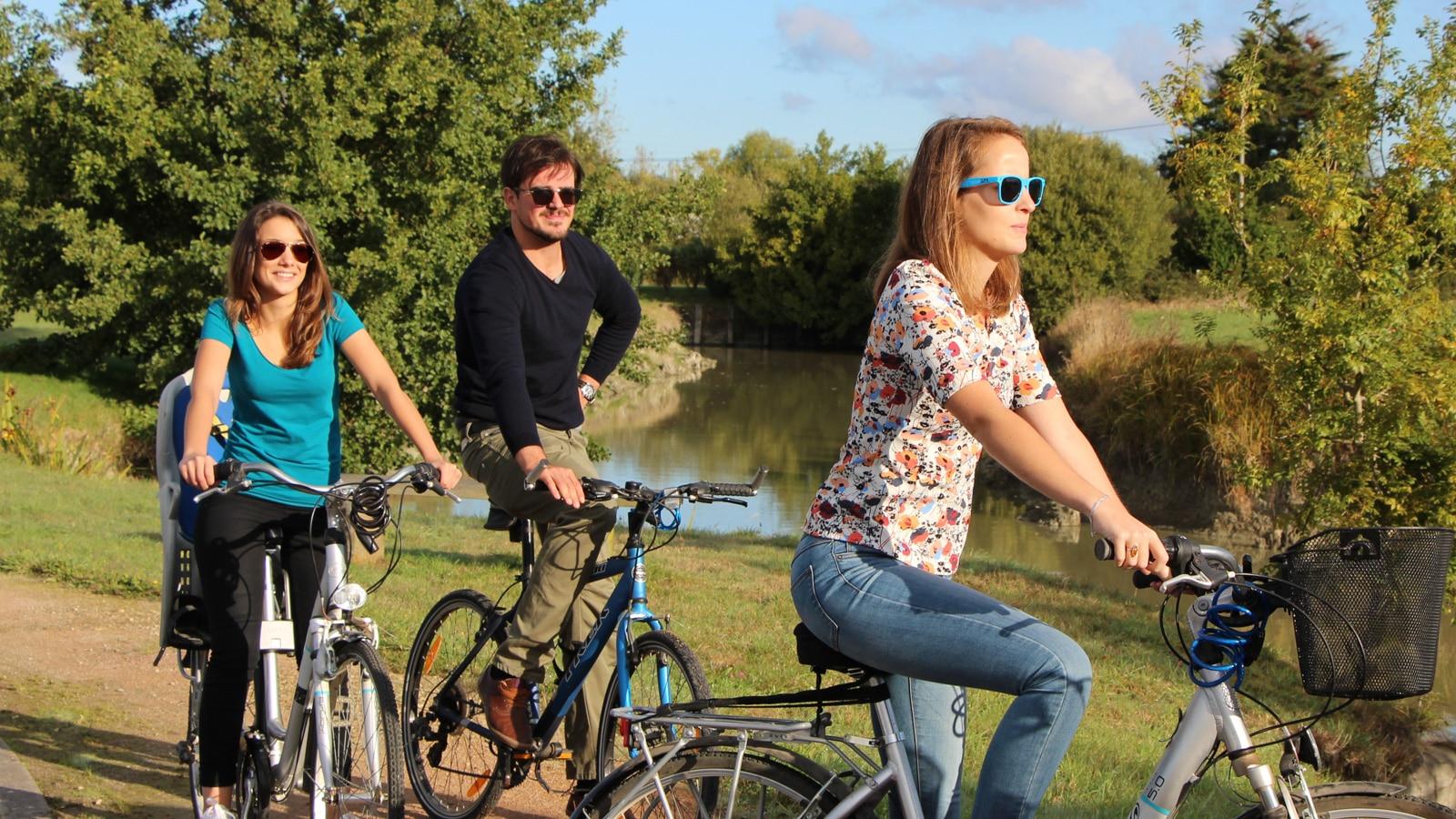 cycle-paths-le perrier-michel-arnaud-pays-de-saint-jean-de-monts